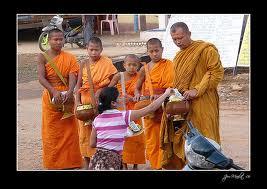 Dana - Buddhistisk givmildhet